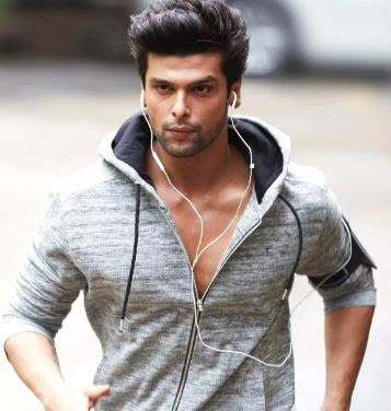 Kushal Tandon Family Wife Son Daughter Father Mother Marriage Photos Biography Profile