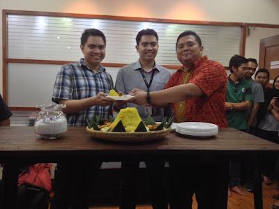 Syukuran Pindahan Kantor Cabang Bandung, Qwords.com Beri Diskon Hingga 40%