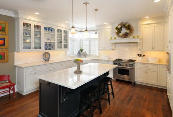 Pictures Of White Kitchen Cabinets With Black Island