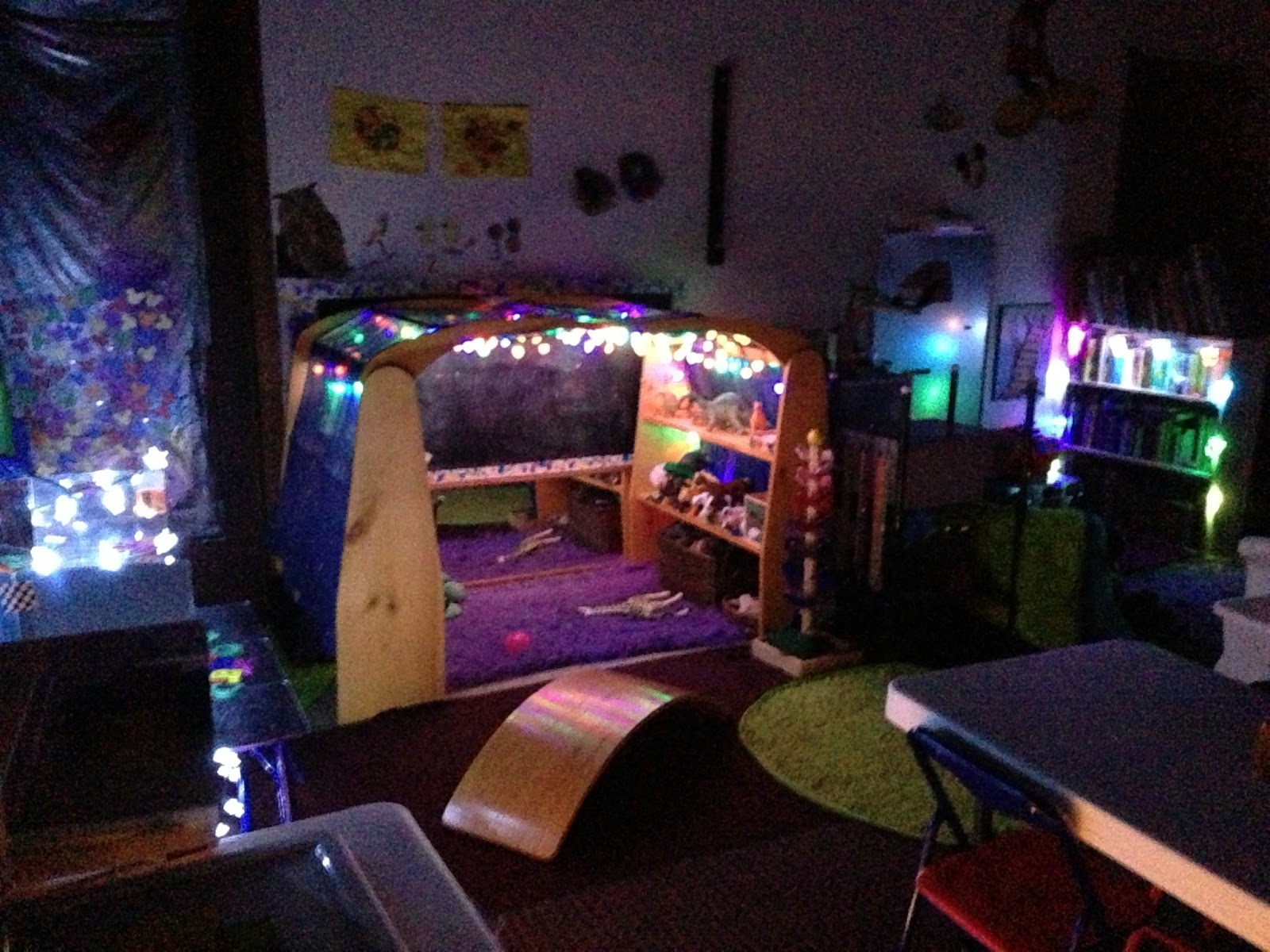 Epic Childhood Reggio Light Table Play And Light Play