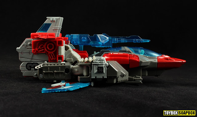titans return broadside jet side view