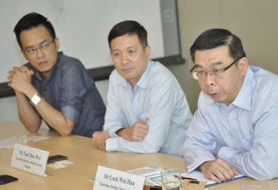 Source: Media Literacy Council. From left: Chong Ee Jay, Manager of TOUCH Family Services and a member of the Media Literacy Council, a former victim of cyberbullying who subsequently bullied back in retaliation; Tan Chee Wee, Executive Director, Media Literacy Council, and Lock Wai Han, Chairman, Media Literacy Council.