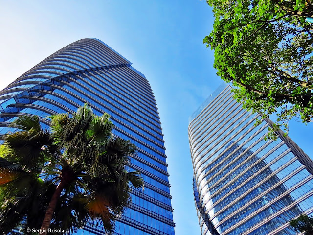 Fachada em perspectiva das torres São Paulo Corporate Towers - Vila Olimpia - São Paulo