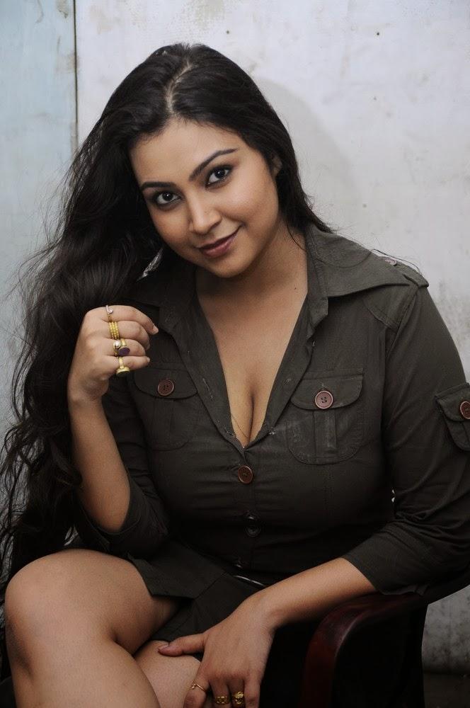 Desi Sex Photo Indian Nangi Big Boobs Bhbahi Hot