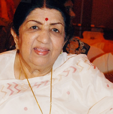 Latest Lata Mangeshkar Photo