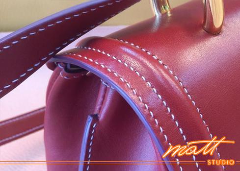 職人講堂是我們和同好分享製革知識的園地。想學習調製邊油的顏色,這篇會對您有所幫助。 Matt Studio是Matt老師創辦的專業皮包設計教室,提供真皮皮件手縫及車縫(機縫)教學、皮包打版、客製化商品、製包相關企業顧問等服務。