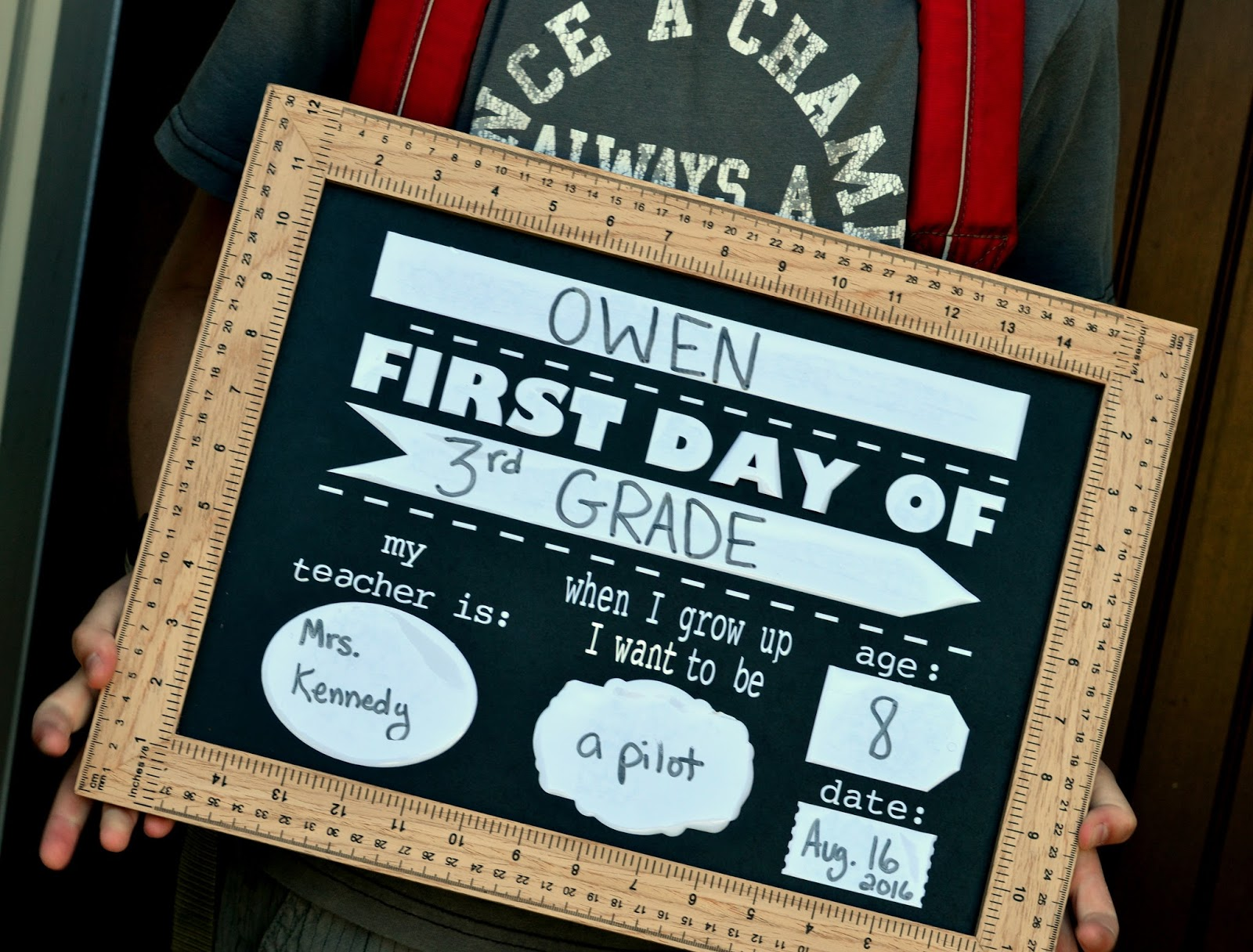 Back To School First Day Chalkboard With Free Cut File