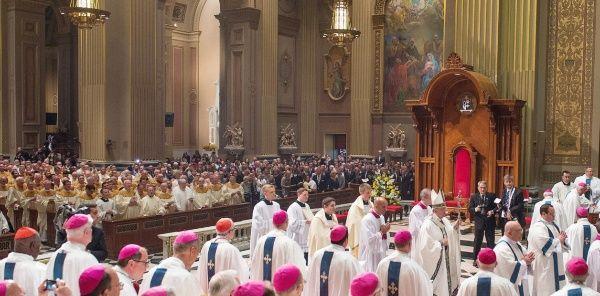 Identifican a 286 sacerdotes en EE.UU. que abusaron de menores