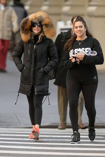 Jennifer Lopez heading to the gym in New York