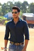 Nikhil Gowda Jaguar Stills-thumbnail-7