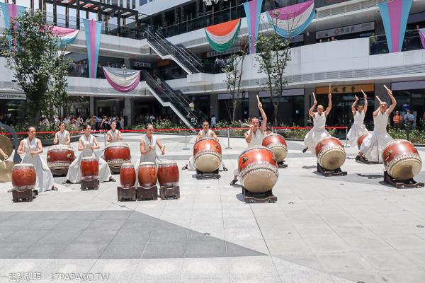 台中大里|台中軟體園區Dali Art藝術廣場|2019 KAWS BFF雕塑7/15-9/15