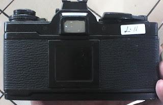 bagian belakang kamera