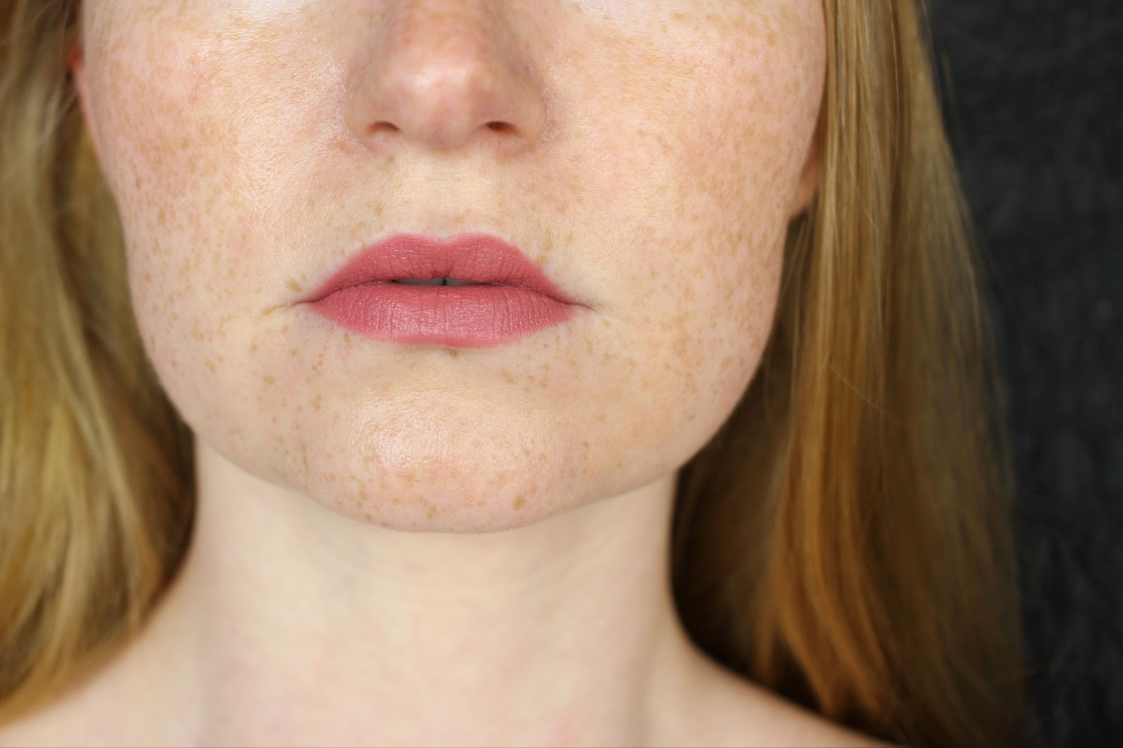 2016, CATRICE, drogerie, favoriten, herbst, lippenstift, lipstick, matt 6hr Lip Artist, mattes finish, neues sortiment, nude, ohne auszutrocknen, review, rosa, rot, rote lippen, swatches, tragebilder, trendfarben,