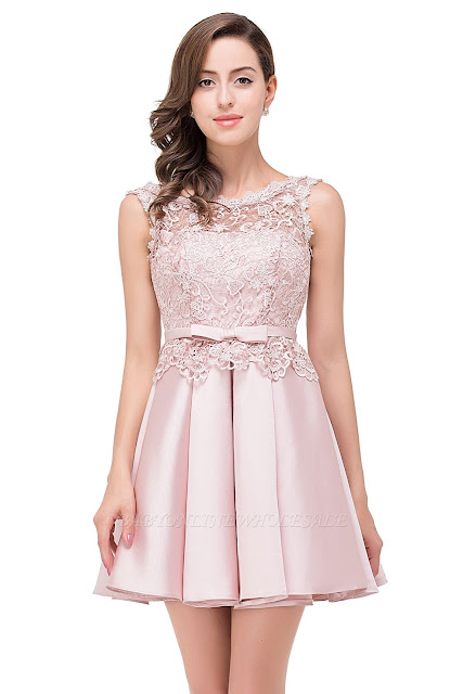 A-line Knee-length Satin Homecoming Dress with Lace