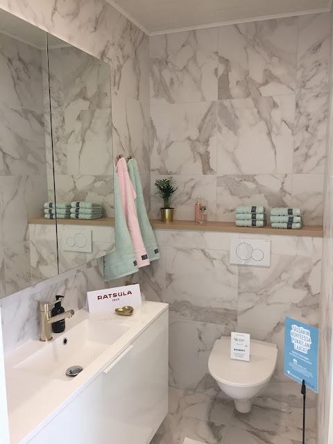 marmorilaatta, As Oy Porin Villa Sun, Villa Sun, Geberit, marmori, asuntomessut, Porin asuntomessut