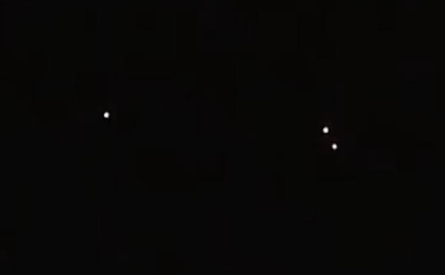 UFO News ~ Three UFO Lights Recorded Over Albany, New York plus MORE Orb%252C%2Bmonument%252C%2Bface%252C%2Bartifact%252C%2Bancient%252C%2Bfossil%252C%2Bstar%2Btrek%252C%2B%2Bgold%252C%2Bstation%252C%2BNASA%252C%2B%252C%2Baliens%252C%2Brocket%252C%2Bmeteorite%252C%2Btech%252C%2Bastronomy%252C%2Bstars%252C%2Btreasure%252C%2Bdiscovery%252C%2Brocks%252C%2Bspace%252C%2B1