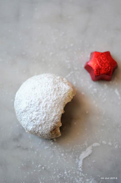 Pecan snowballs cookies