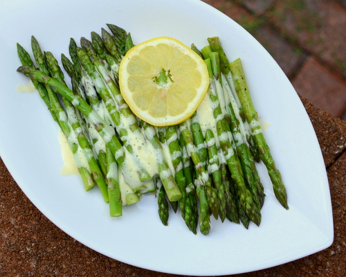Asparagus with Blender Hollandaise, another classic vegetable recipe ♥ A Veggie Venture