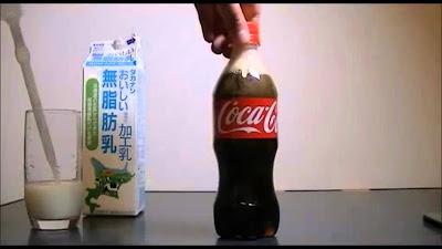 Misturar leite com Coca-Cola