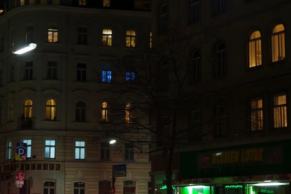 vienne rue nuit volets