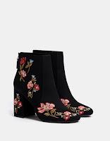 https://www.bershka.com/fr/femme/chaussures/bottes-et-bottines/bottines-%C3%A0-talon-broderies-c1010193193p101202004.html?colorId=040