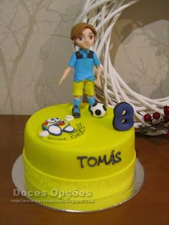 Bolo para o aniversário do futebolista Tomás