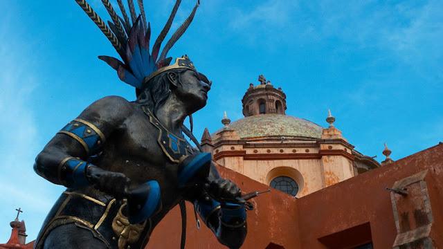 Los Testigos de Jehová destruyen un templo antiguo en México