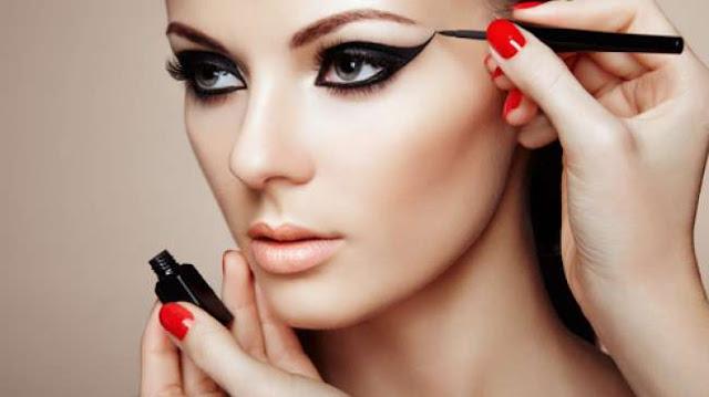 Kosmetik Tata Rias Mempengaruhi Pengusaha