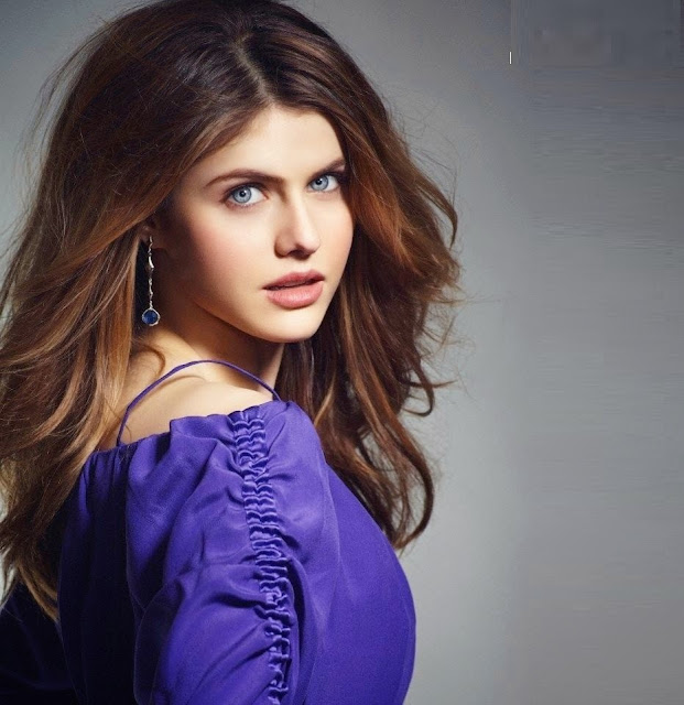 alexandra-daddario-in-purple