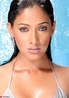 Kesha Khambhati Spicy New Pics 010.jpg