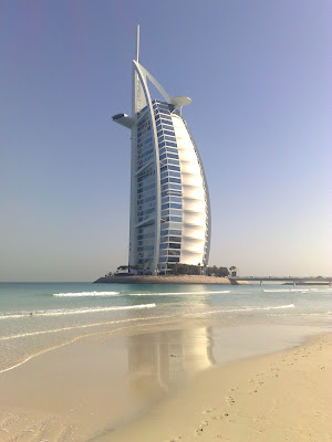 luxury yachts for rent in Dubai