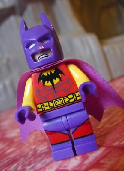 Toyriffic: Batman of Zur-En-Arrh LEGO Minifigure Bootleg