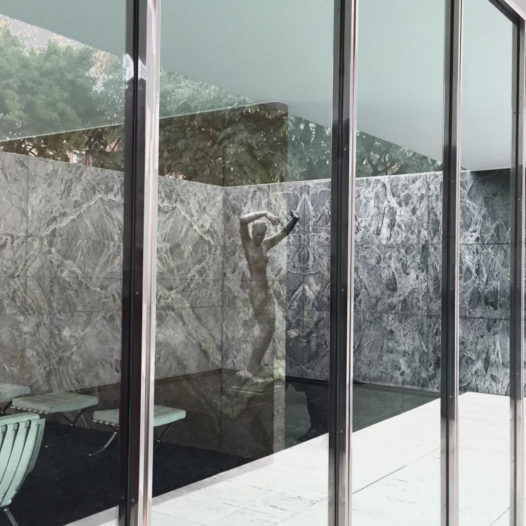 pabellon mies van der rohe barcelona design diseo expo alemania marmol barcelona chair