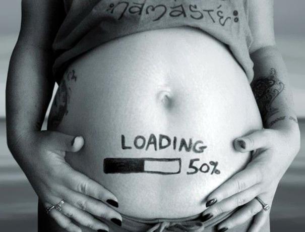 creative-pregnancy-announcement-card-5