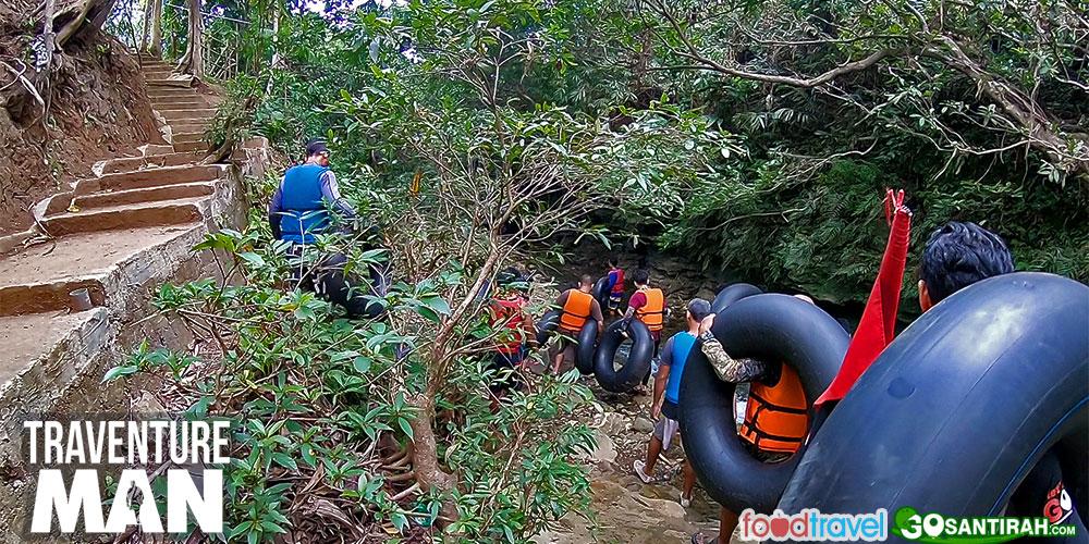 menuju titik start aktivitas river tubing green santirah selasari