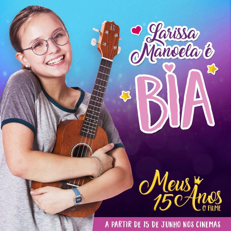 Bia (Larissa Manoela) tem 14 anos, adora tocar Ukulele e compor as próprias  músicas com e2aeaea5b1