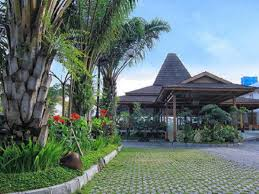 The Gambir Anom Hotel dengan Fasilitas Lengkap yang Siap Memanjakan Anda