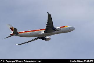 AVIÓN AIRBUS A330 EC-LUX