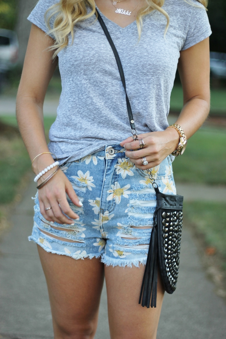 daisy printed distressed shorts