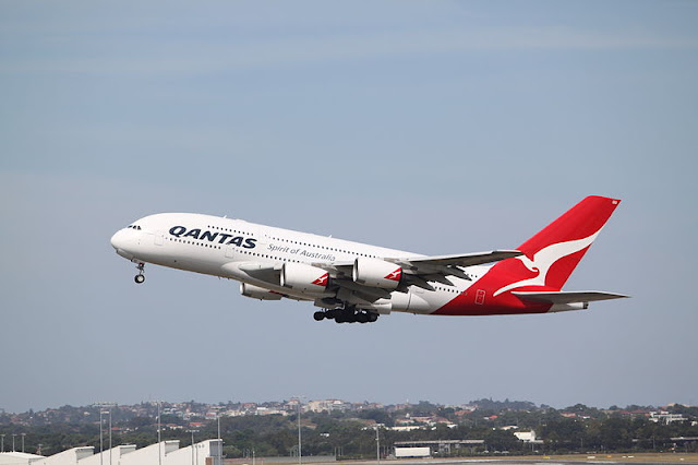 Gambar Pesawat Airbus A380 10