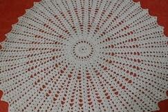 A origem do crochê tapete feito em barbante
