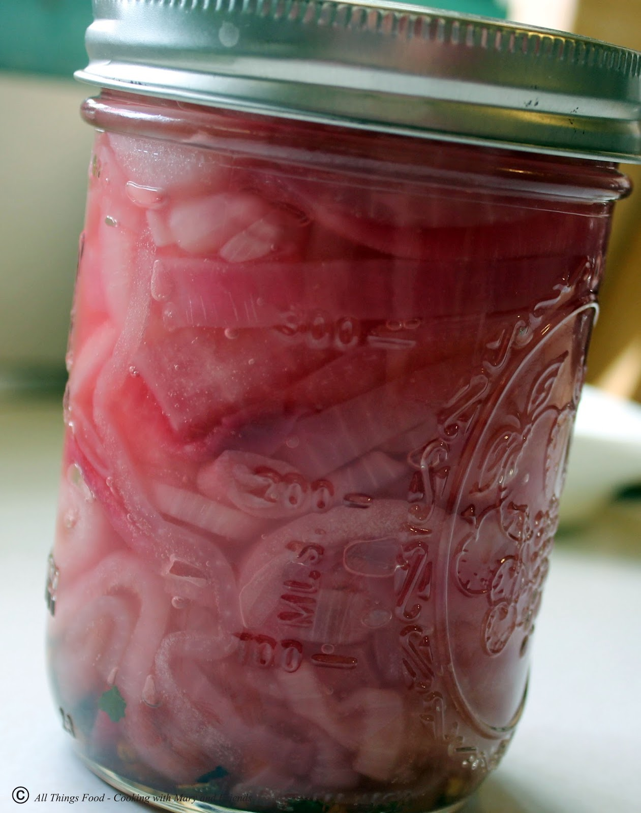 Cooking With Mary and Friends: Pickled Red Onions