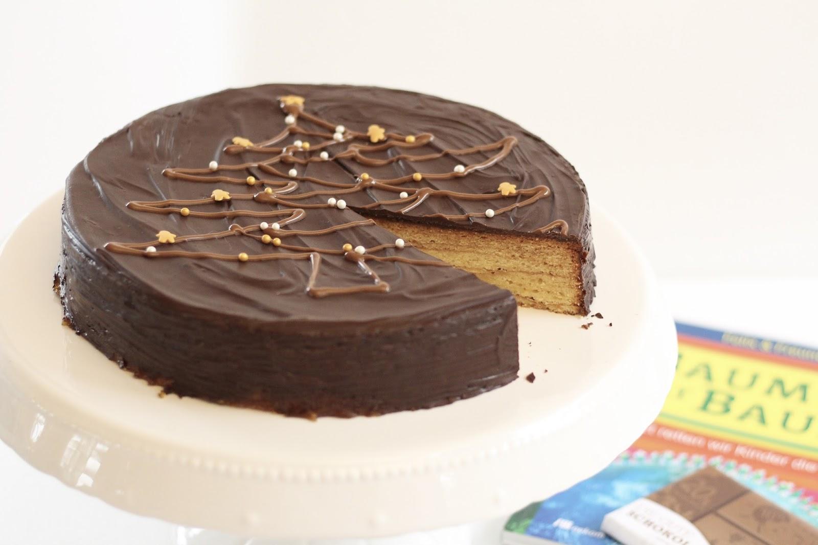 Baumkuchen Torte mit Tannenbaum Dekoration von Die gute Schokolade