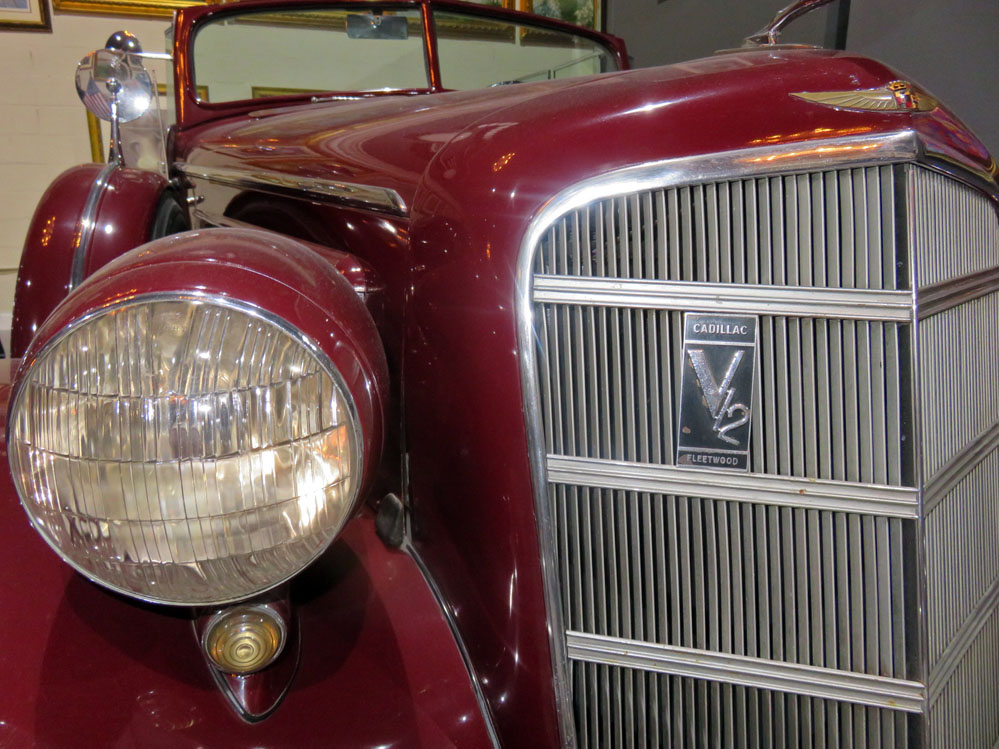 1935 Cadillac V-12 grille.