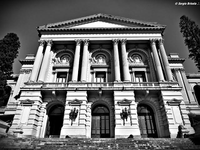 Fachada do Museu do Ipiranga / Museu Paulista (atual) entrada principal
