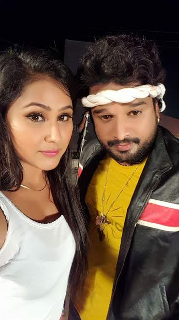 Priyanka Pandit, Ritesh Pandey Bhojpuri movie Tohre Me Basela Pran  2016 wiki, full star-cast, Release date, Actor, actress, Song name, photo, poster, trailer, wallpaper