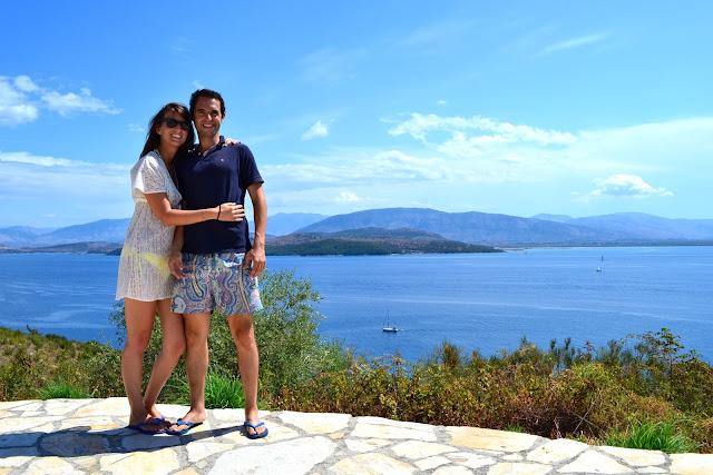 vistas a Albania desde Corfu, Grecia