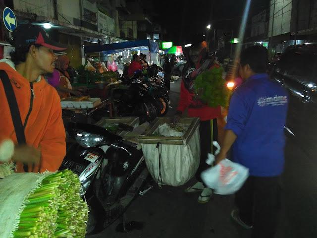 Sahur on the road Lazismu Jember di Pasar Tanjung Kab. Jember 2