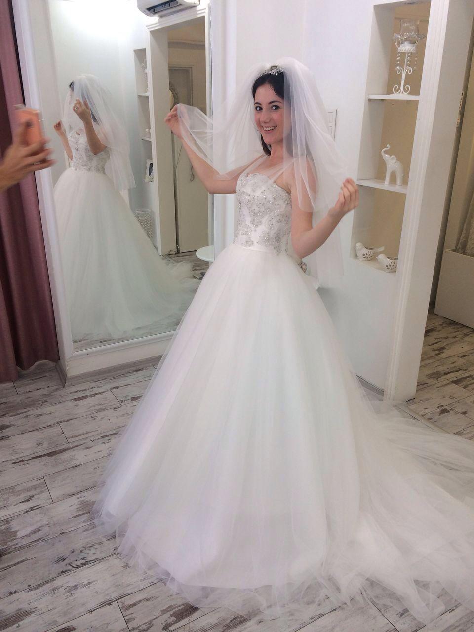 Düğün giyinmek - gerçek bir düğünün provası
