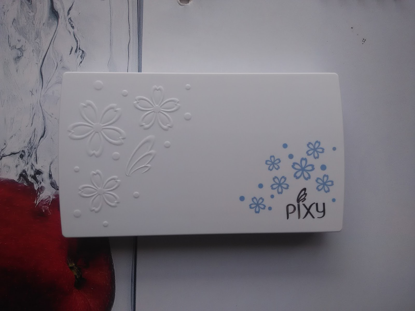 FITRI'S STORY: COSMETIC REVIEW: PIXY TWO WAY CAKE